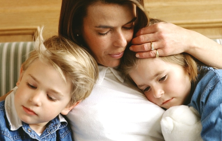 может ли отец забрать ребенка у матери после развода
