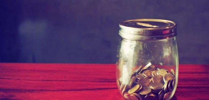 Изображение - Сколько процентов от зарплаты составляют алименты и как удерживаются Dollarphotoclub_71546454-700x524-700x336