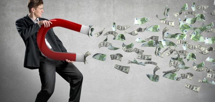 Изображение - Сколько стоит приватизировать квартиру при самостоятельном оформлении или через агентство shutterstock_130862018-702x336