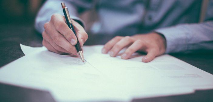 Изображение - Как правильно оформить заявление на приватизацию квартиры (образец) writing-1149962_1280-702x336
